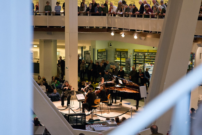 Berlin Philharmonic lunch concert - 7 Free Things To Do in Berlin | packmeto.com