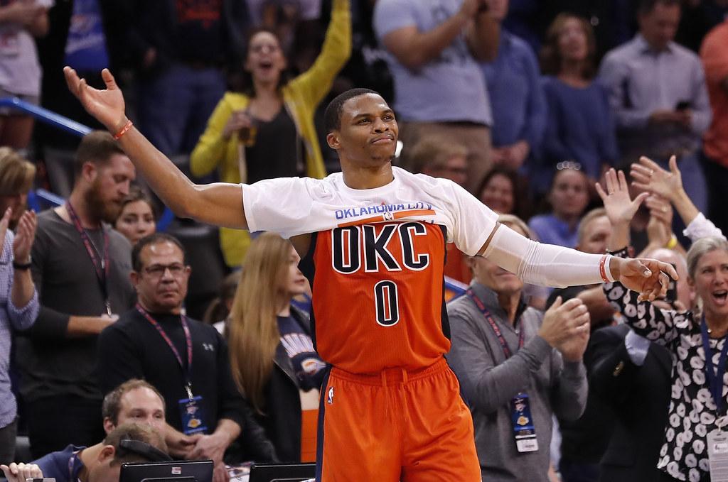 Russell Westbrook差1籃板就可締造單季大三元紀錄。(資料照,達志影像)