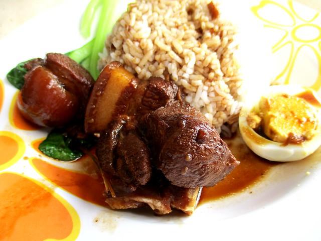 Champion Corner black vinegar pork leg rice 2