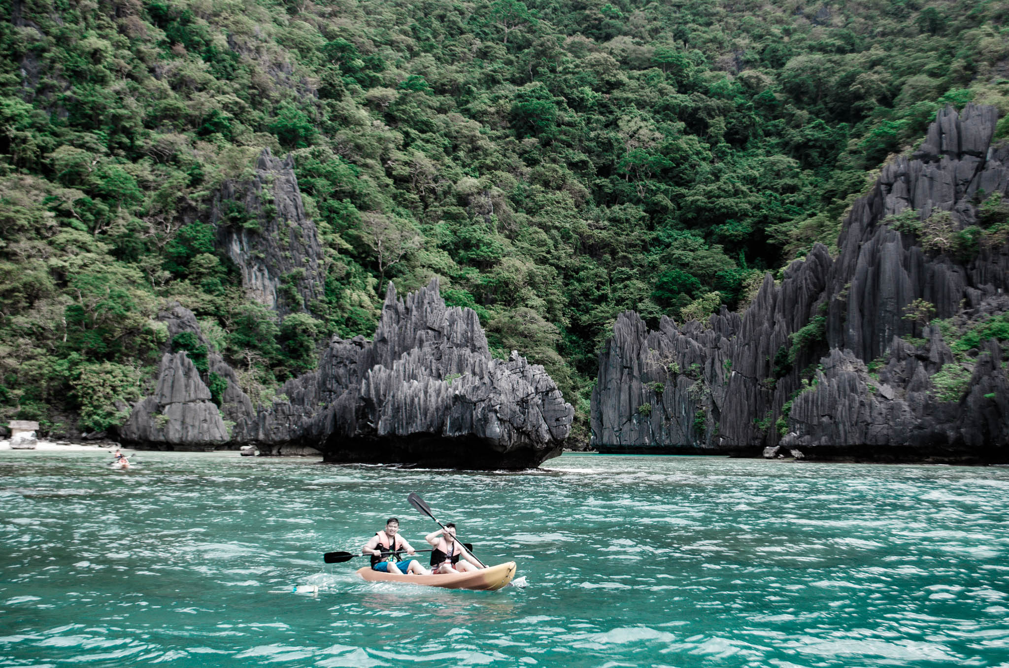 el nido island hidden beach