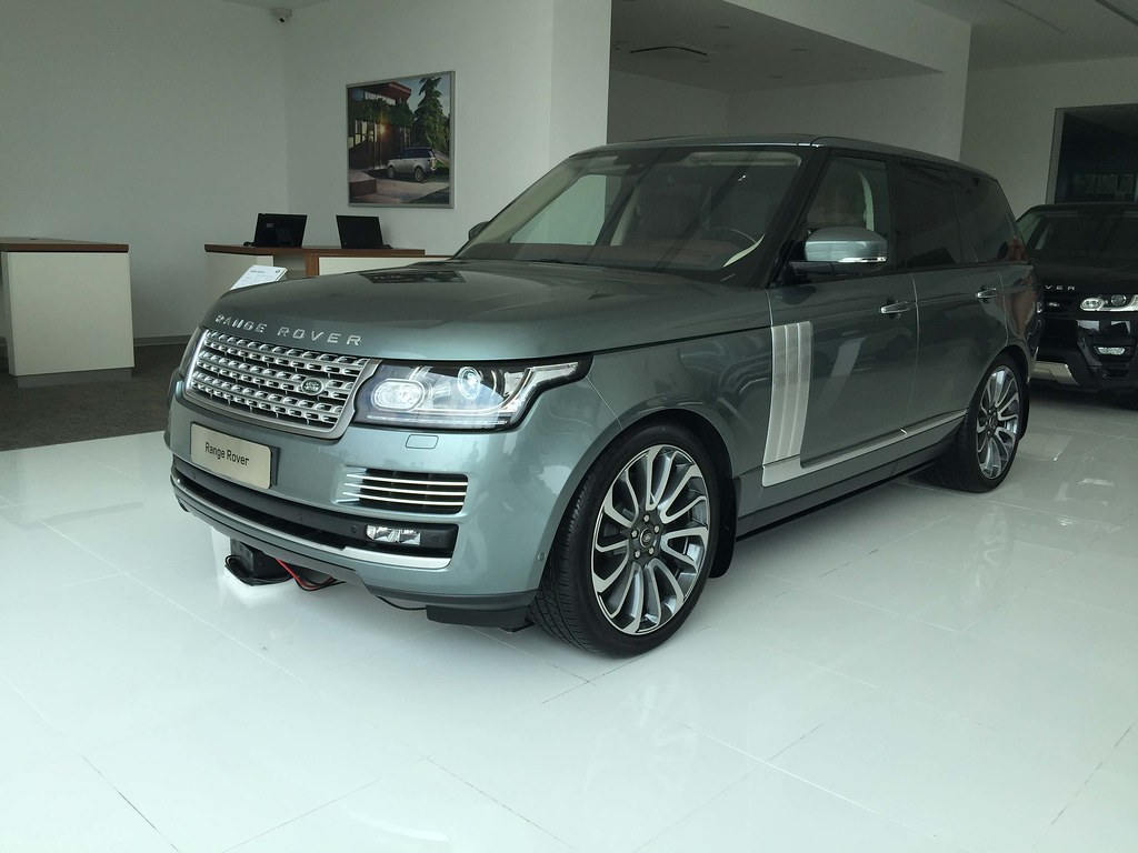 range rover 5 ch b n full option oi 2016 gia xe oto doi moi tai sai gon. Black Bedroom Furniture Sets. Home Design Ideas