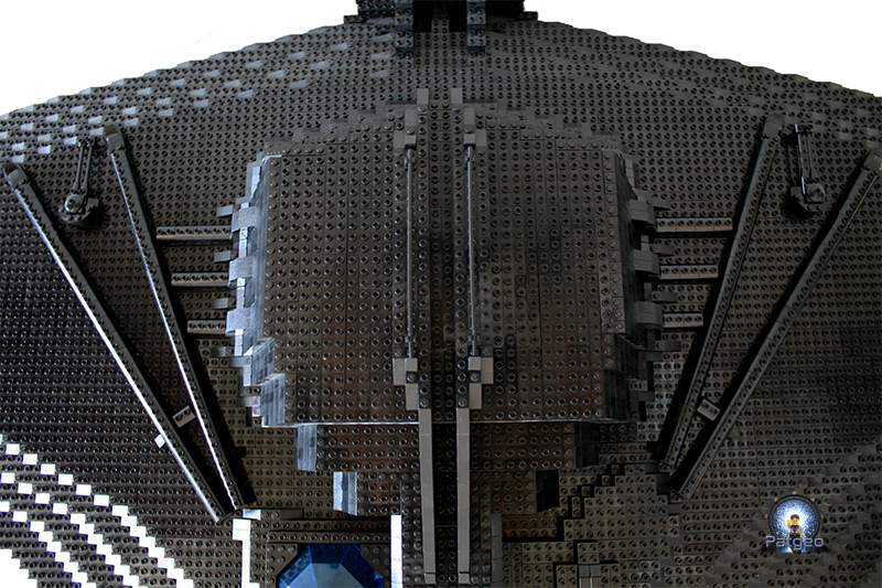 [MOC]: Destiny - Starship from Stargate Universe 31074990662_1d77f95335_o