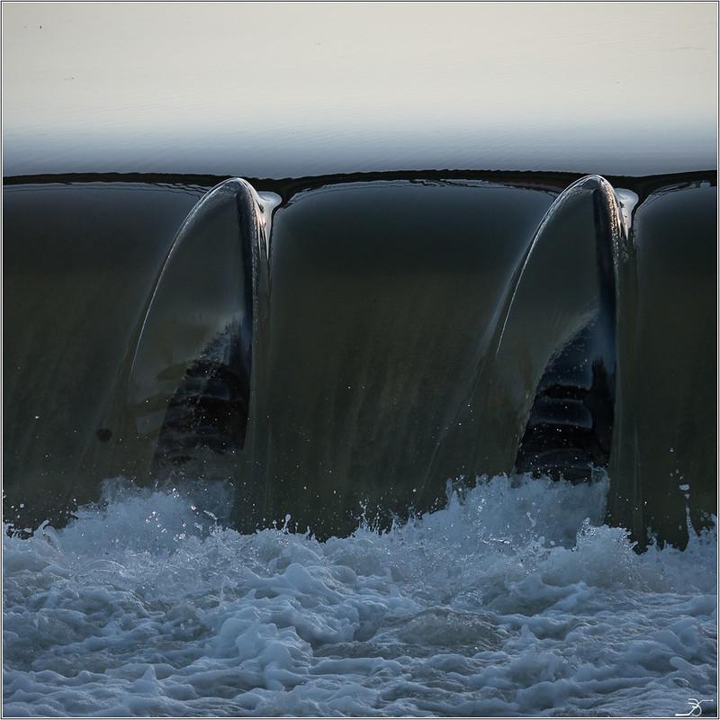 Les mains du fantome du barrage 31242033581_ff906d66cf_c