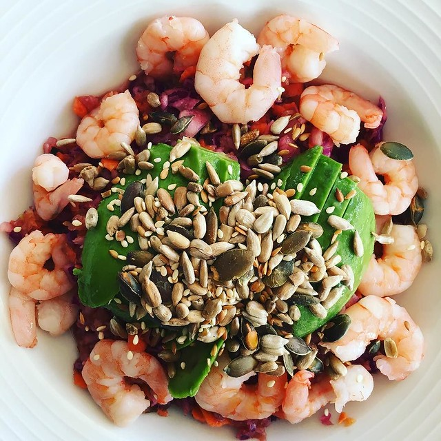 Asian inspired salad with prawns, avocado & toasted seeds. A bit in love with all tamarind everything at the moment.