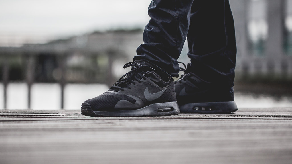 Air Max Tavas All Black