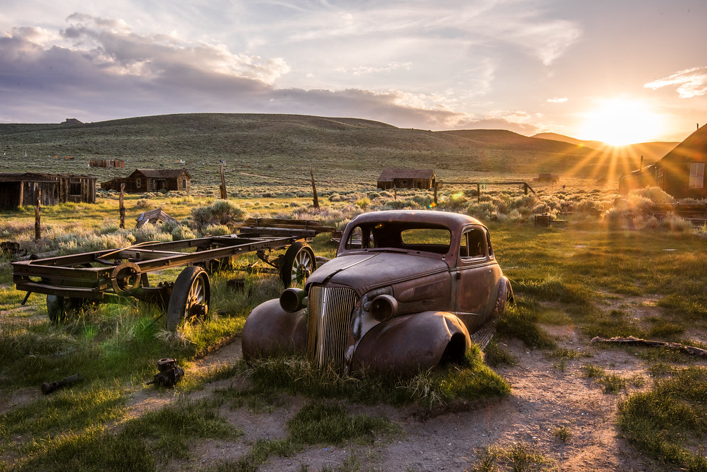 Old Classic Car: Bodie Ghost Town - 273.1KB