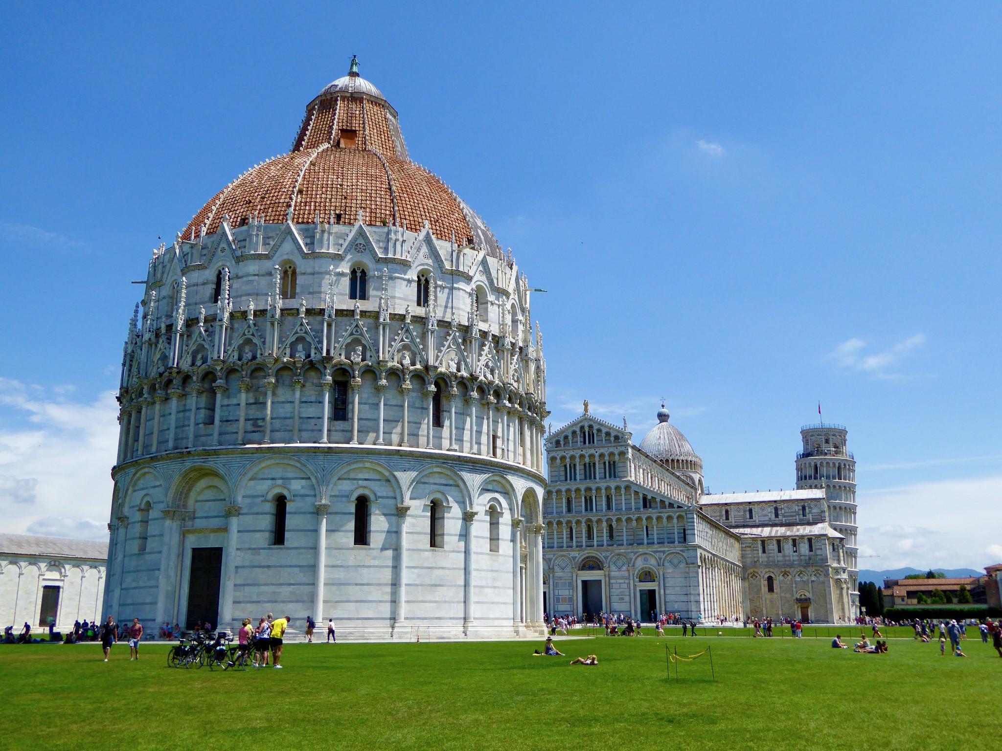 Piazza dei Miracoli - Pisa, Italy [2048x1536]