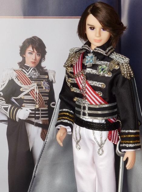Petite revue des poupées Lady Oscar 21702431293_53bd1eea53_o
