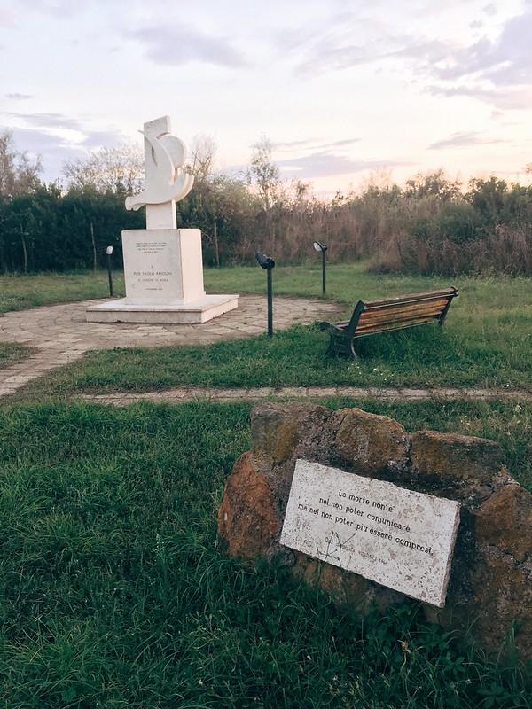 帕索里尼纪念碑