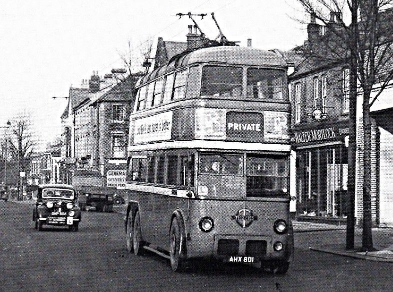 London Transport Trolleybus No61 Passing Through North