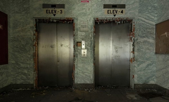 Elevators in Mall Klender