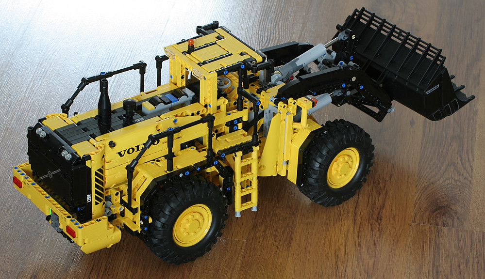lego technic 42030 volvo l350f wheel loader with rock. Black Bedroom Furniture Sets. Home Design Ideas