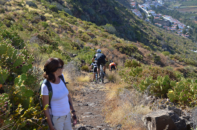 Mountain bikes on the path, Gran Canaria