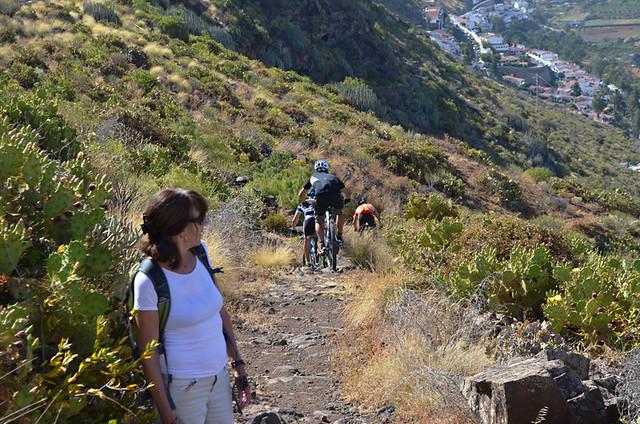 Mountain bikes on the path, Gran Canaria