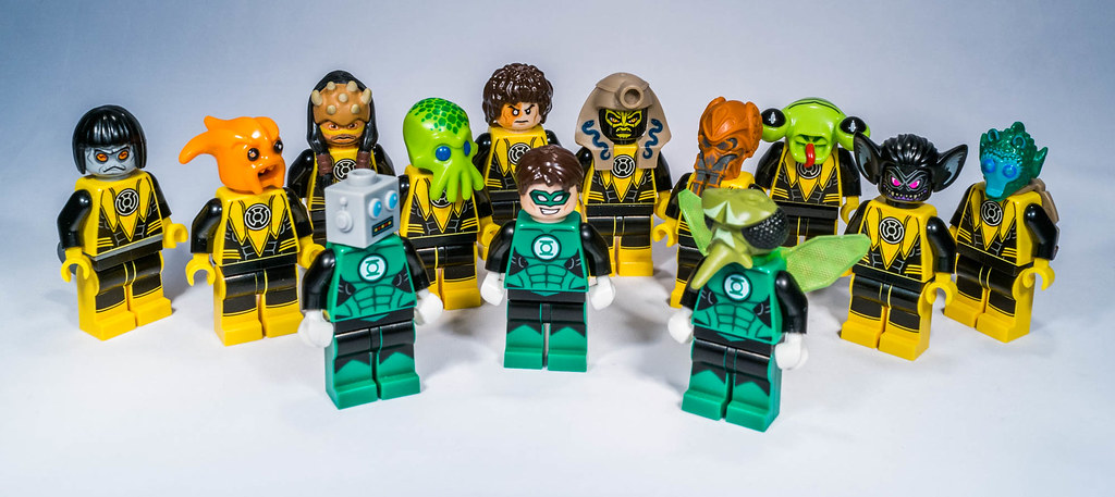 Lego Green Lantern vs Yellow Lantern | I try to create a ...