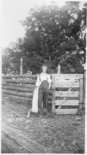 1944a Grace Ellenberg  c bag orig