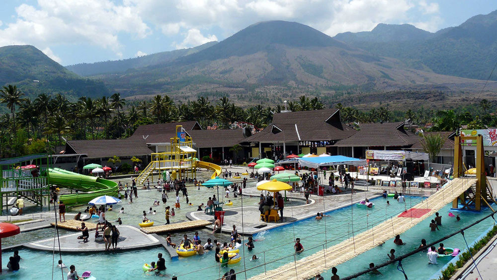 11 hot springs in Bandung and Garut where you can soak in
