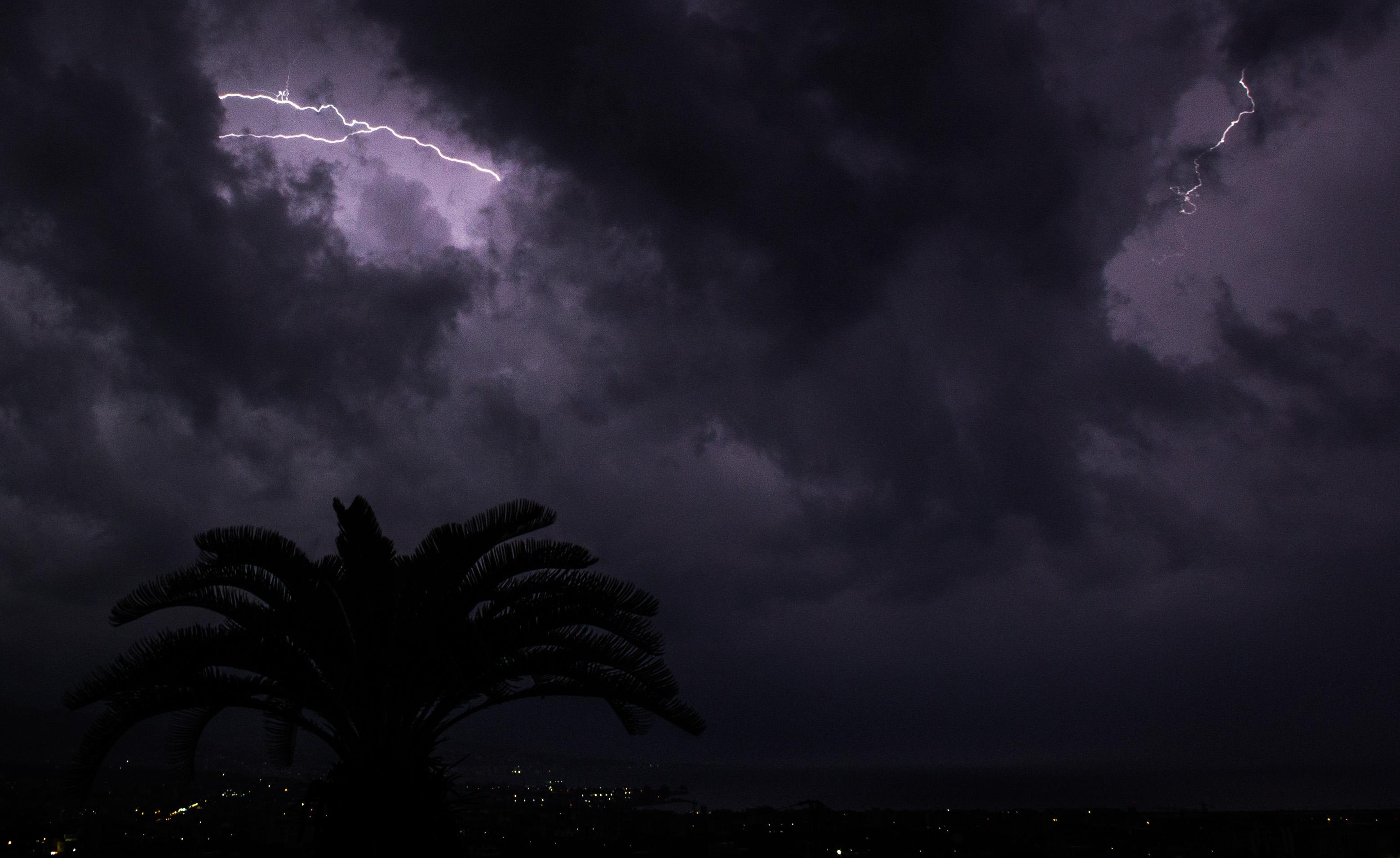 Sicilia: domani allerta meteo per temporali e grandine$