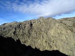 Massif du San Gavinu en face sur l'autre versant de la Restonicae