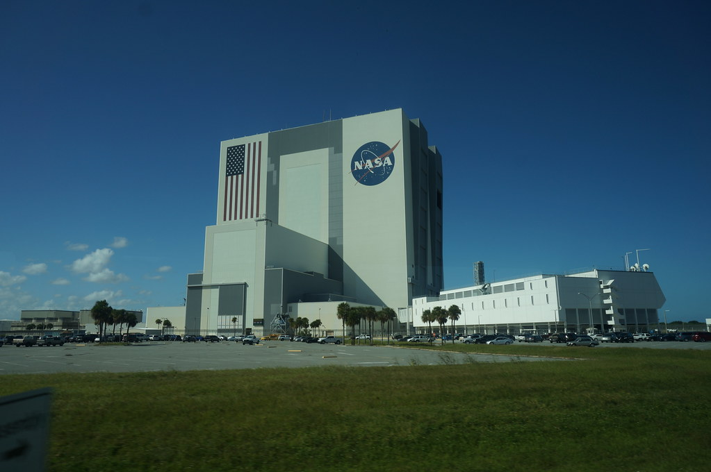 building outside of nasa - photo #10