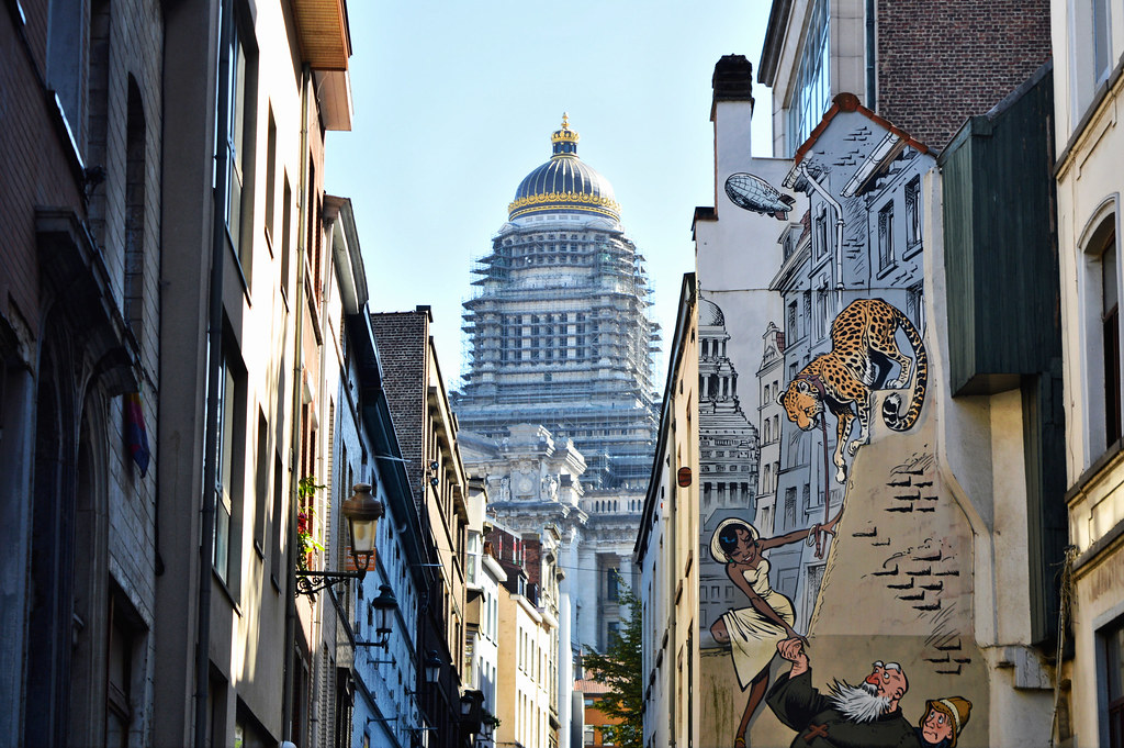 Brussels on a budget 5 things to do for art lovers for Comic book mural