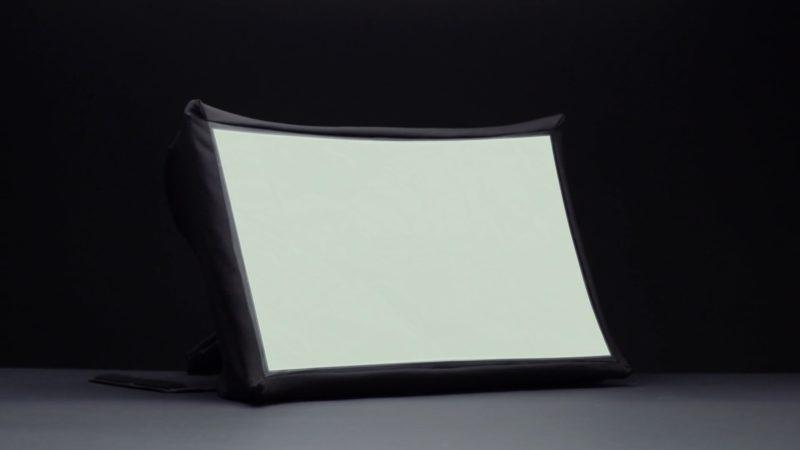 SPUD : Un écran pliable de 24 pouces pouvant être transporté dans votre sac photo