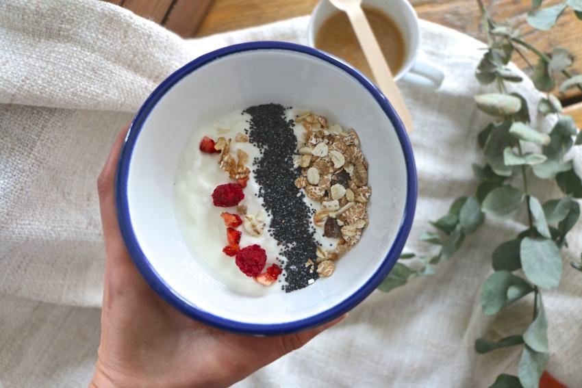 desayuno-yogur-danone