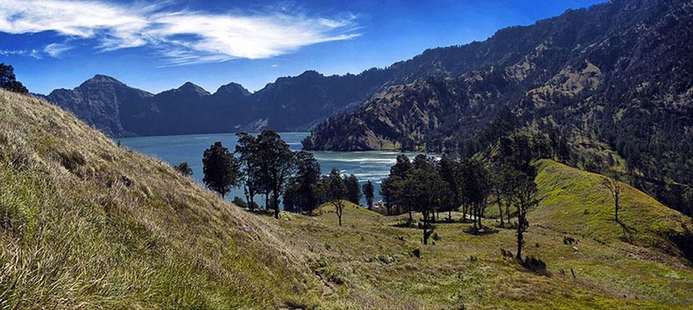 17-lake--HayazeeHarun