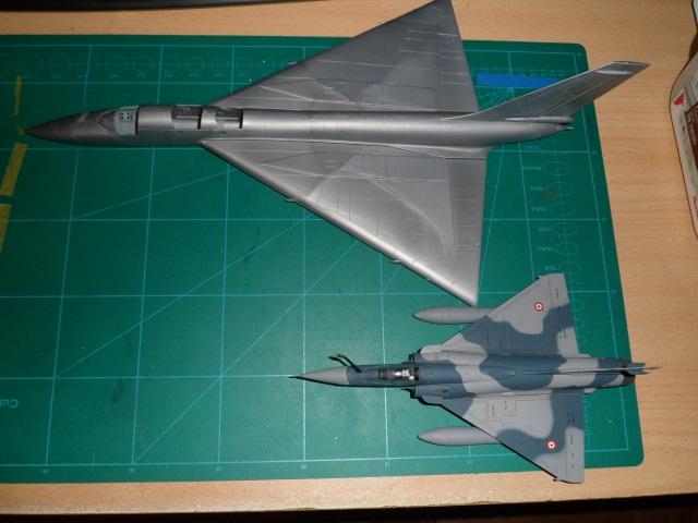 *Montage en cours* Convair B-58 Hustler [Italeri 1/72] 22662803171_b01caee7ee_o