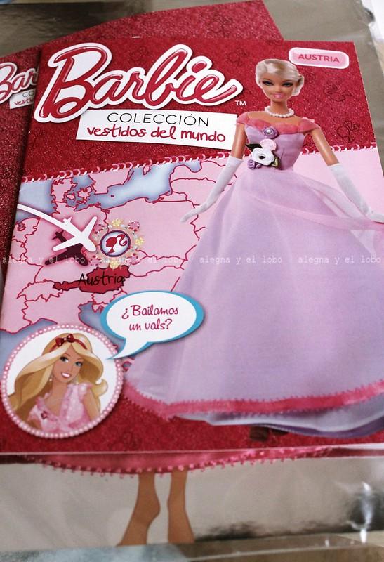 Alegna y el lobo barbie colecci n vestidos del mundo for Coleccion cuchillos el mundo
