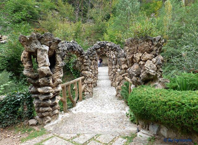 Jardins Artigas (La Pobla de Llillet) -16- Puente de Los Arcos -02 (12-10-2016