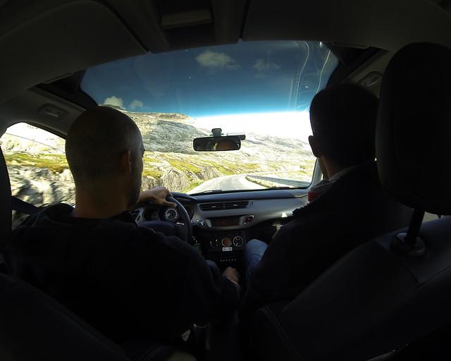 En coche de alquiler por Italia cruzando los Apeninos