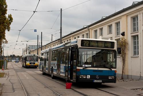 Vorbereitungsarbeiten an den Bussen in der Hw