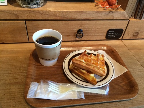 ハンズカフェ渋谷でコーヒーとワッフル 2015.11.29