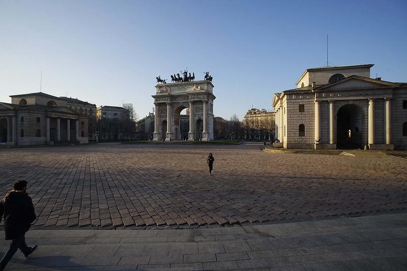 Minolta MC 17mm f4……………………………..意大利 Italy 米蘭Milan  凱旋門