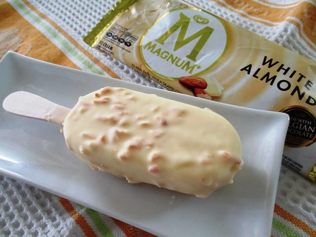 Magnum white almond 2