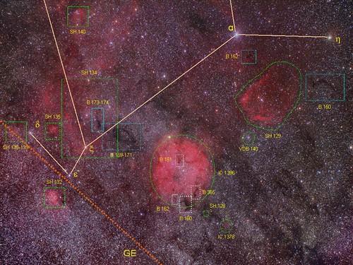 VCSE - Mai kép - IC 1396 fotografikus keresőtérkép