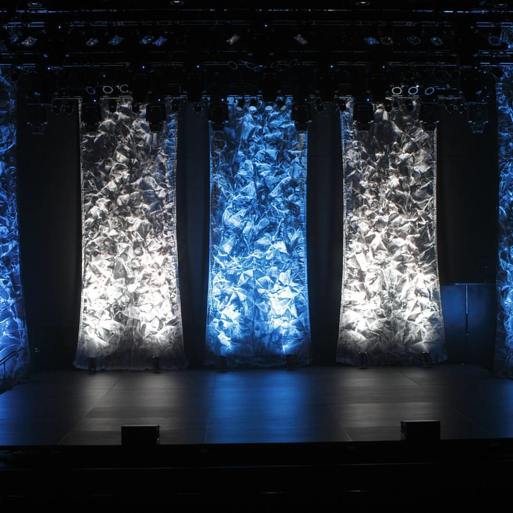 Mesh Columns And Led Stage Lighting Cutting Edge