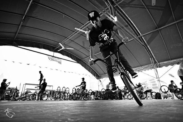 Filipino BMX Flatland rider - Alan Alfaro