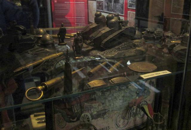 Hooge Crater Museum 14