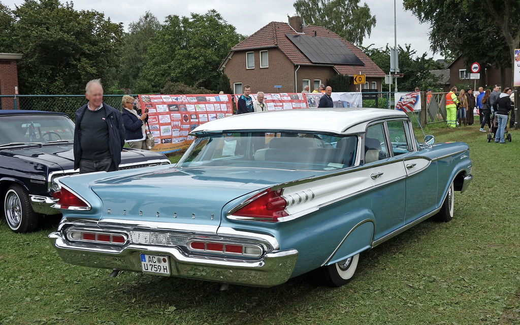 1959 Mercury Montclair 4 Door Sedan Internationaal