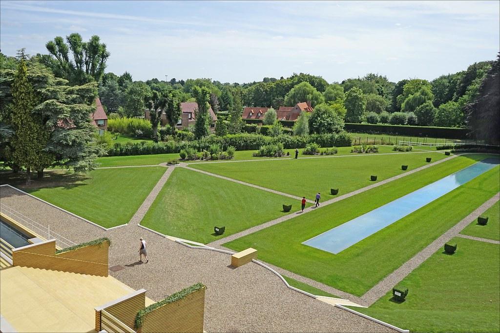 le parc de la villa cavrois croix le parc actuel de la. Black Bedroom Furniture Sets. Home Design Ideas