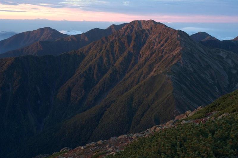 プチ・モルゲンロートの赤石岳