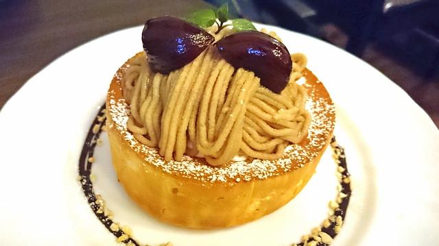 星野コーヒー栗のスフレパンケーキ