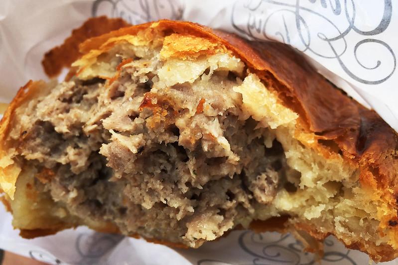 Sausage roll, Ginger Pig