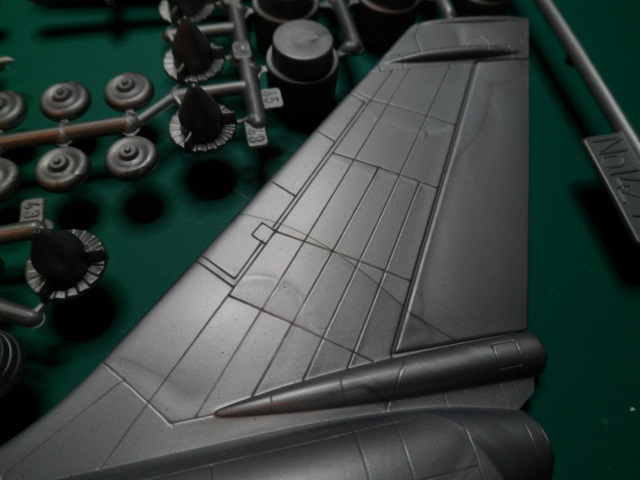 Ouvre-boîte Convair B-58 Hustler [Italeri 1/72] 21524039566_62785fccbd_o