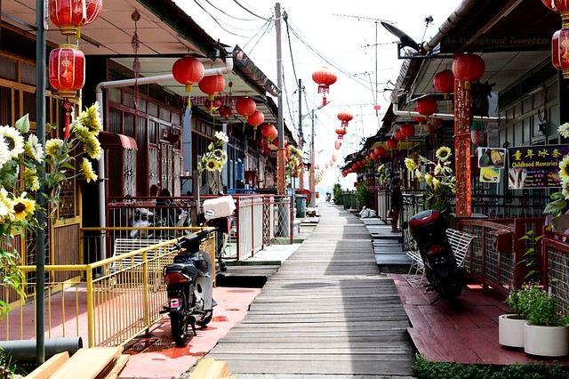 The neatly arranged houses in the Lee Jetty