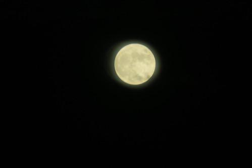 東京ミッドタウンから満月と東京タワー 2015.10.27