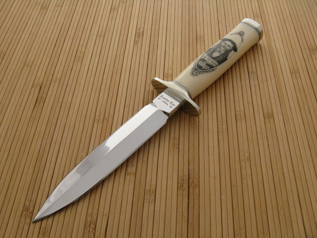D 5135 Scrimmed Faux Ivory Dagger Front Blade Length