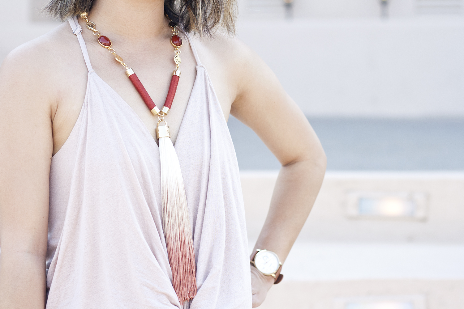 08napa-holstandlee-tassel-ombre-jewelry-travel-fashion-style